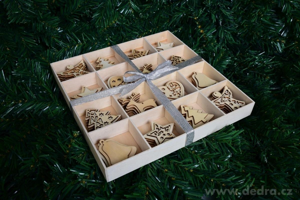 48 ks kolekcia drevených ozdôb